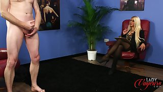 Unpropitious blonde boss Romei In the best of health watches her assistant stroking