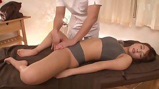 I yoni enjoy cunting and massage