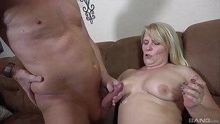 Unskilful couple enjoys having fervent sex in the living-room