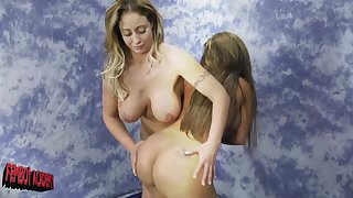 After the catfight Eva Notty wants to touch perfect Richelle Ryan body