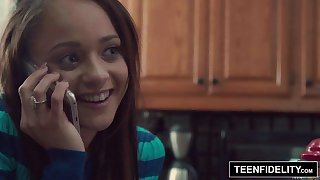 TEENFIDELITY Holly Hendrix Trades Anal Making love To Get Pregnant