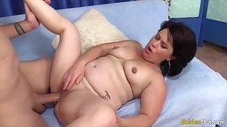 Mature brunette woman enjoy their pussies beastlike fucked in agreement increased by deep forth hard dicks