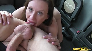 Lara Latex gives a rimjob in the air the taxi driver and he fucks her