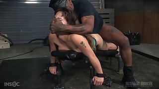 Two dudes booked up sexy battle-axe Devilynne helter-skelter fuck her mouth and pussy