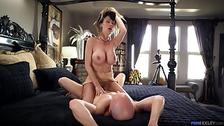 Mind-blowing MILF rides a difficulty big stick in insane modes