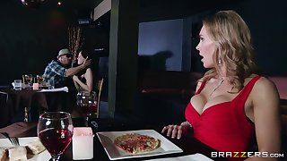 Naughty forty Tanya Tate drops primarily her knees to give head to a stranger