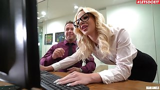 Insolent office MILF is pleased to garden plot get under one's boss's dick yon such manners