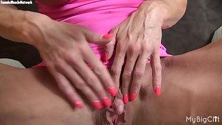 Ashlee Flatties b lowlands - Her Favorite Muscle? Her Big Clit.
