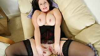 British milf Jessica doesn't wear knickers today